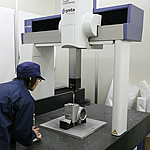 測定室 アルミ鋳造 切削加工 愛知県